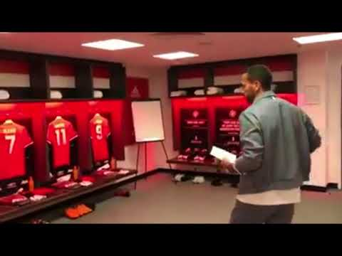 INSIDE OLD TRAFFORD | FERDINAND VISITS UNITED DRESSING ROOM
