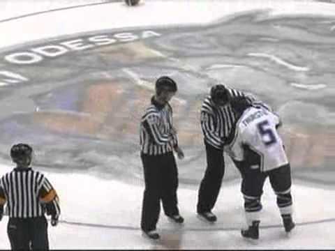 Darryl Bootland vs. Brett Thurston