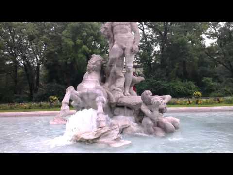 Day 6: München, the Alter Botanischer Garten statue of Neptune