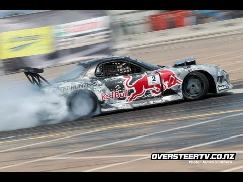 Red Bull Mazda RX7 Drifting