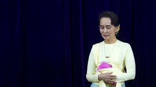 Birmanie:ilcritiqueAungSanSuuKyisurFacebooketécopedeseptansdeprison