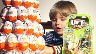 11 Kinder Surprise Eggs Opening incl. 1 Kinder Joy and The Trash Pack UFT