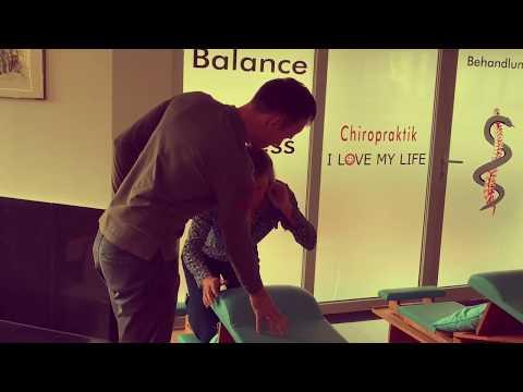 Schmerzen im Schultergelenk Klicks beim Drehen