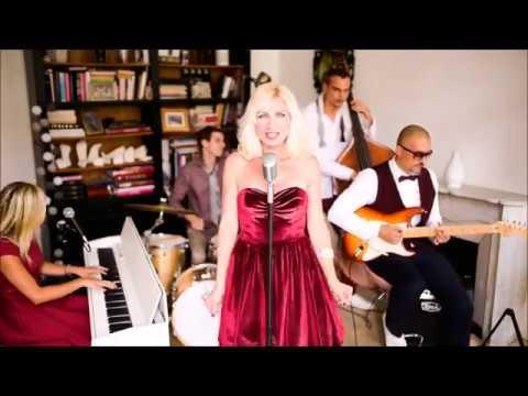 Caroline & The Swing Fellows - SWEET DREAMS - Eurythmics Cover