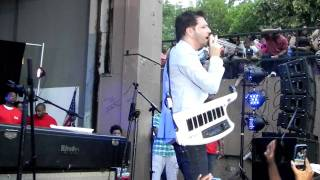 "Jon B ""Hands on You"" Live in Brooklyn, NY for Summer Stage 6/16/11"