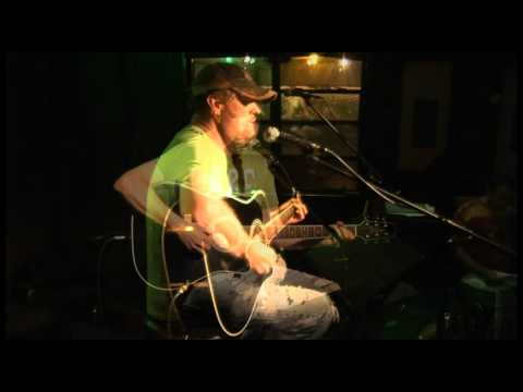 Live at Vanelli's Songwriter's Night: Bill Hamilton