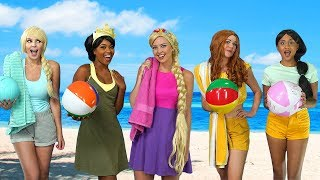 DISNEY PRINCESS BEACH PARTY. (What Happens When Ursula Shows Up?) Totally TV