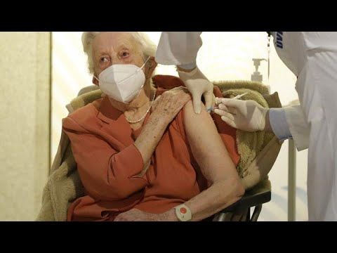 COVID-19: Ελπίδα το εμβόλιο – Αυστηρά μέτρα στην Ευρώπη