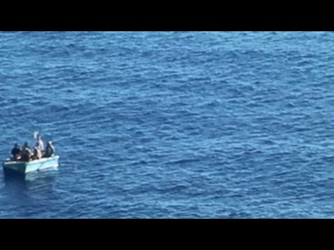 Raw video: Royal Caribbean cruise ship rescues 7 migrants at sea