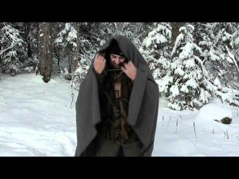 HOW TO IMPROVISE A WOOL BLANKET INTO A HOODED CLOAK !