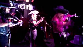 Metalachi - Heavy Metal Mariachis - Twisted Sister's We're Not Gonna Take It - ATX - 062713
