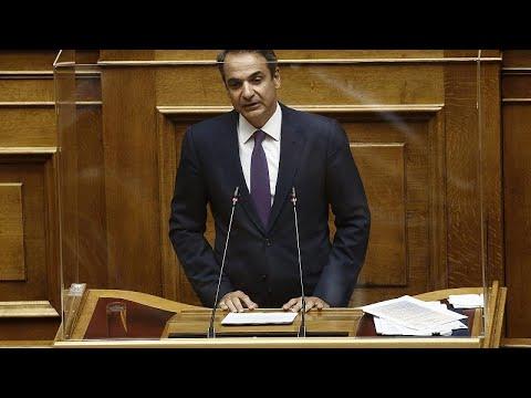 Βουλή: Στο επίκεντρο η διαχείριση της πανδημίας