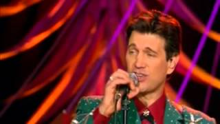 Chris Isaak & Stevie Nicks - Rudolph the red nosed reindeer
