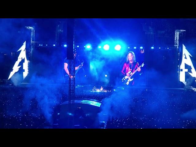 Metallica исполнила песню Цоя на русском языке и привела в восторг зрителей