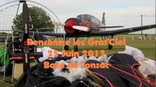 preview picture of video 'Jonzac Rencontre Paramoteurs les Grat'Ciel 24 Juin 2012'