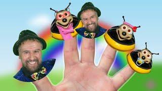 Ladybug Finger Family Song | Beepmore