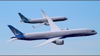 Watch two Boeing jets fly together like fighter planes