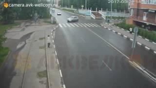 Авария, г. Дзержинский на п-ке улиц Ленина и Поклонной, 29.05.2017