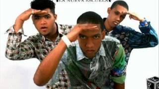 La Nueva Escuela (LNE) - Ella Me Mira y Yo La Miro (@YermyMusic)