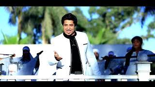 تحميل اغاني محمد الحسينى بروموا ...اغنيه حبت فراولة.....النجم الصاعد ... MP3