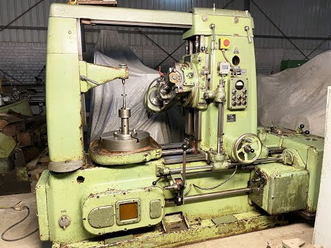 TOS FO-6 Gear Hobbing Machine