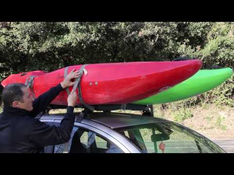 Come legare i kayak sull'auto