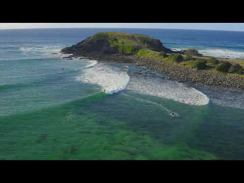 Beautiful rights surfed at Crescent Head
