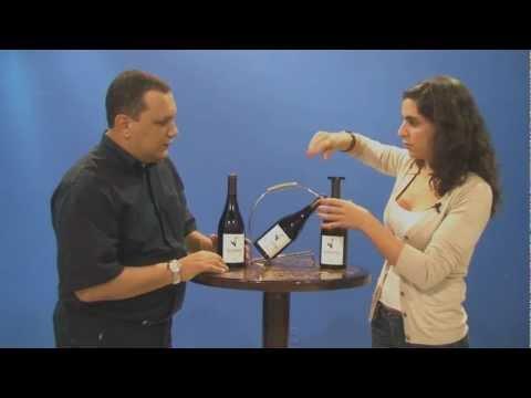 Corta Capsulas no quadro Vinho em Vídeo do Programa Tintim por Tintim
