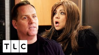 Theresa Gives a SURPRISE READING to the Hair Colourist! | Long Island Medium
