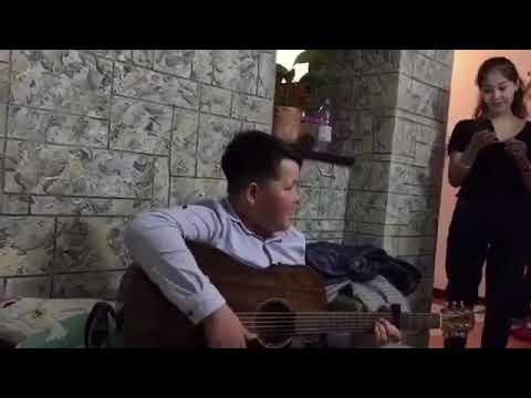 @aibekk_m   Ka-Re/половина моя   гитарист бала.