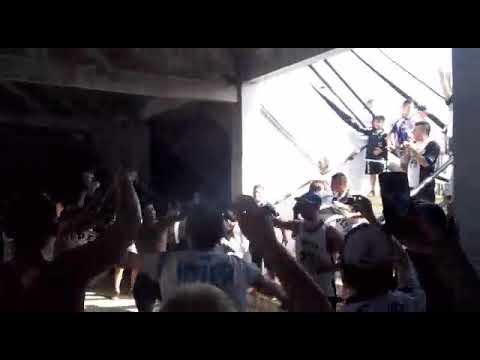 """""""Entrada de la Peste Blanca vs Aldosivi"""" Barra: La Peste Blanca • Club: All Boys"""