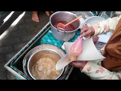 Video Jajanan pasar tradisional di Yogyakarta