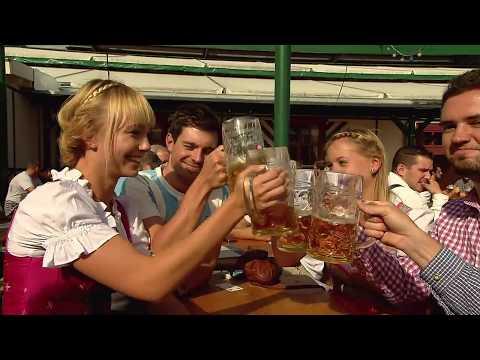 Der Alkoholismus wie die Form des selbstzerstörenden Verhaltens