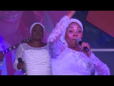 TOPE ALABI @praise the almighty concert 2017 (BIG GOD)