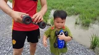 Trò Chơi Xe Trong Cặp ❤ ChiChi ToysReview TV ❤ Đồ Chơi Trẻ Em Baby Doli