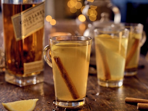 Video How To Make A Hot Toddy | World Class Drinks