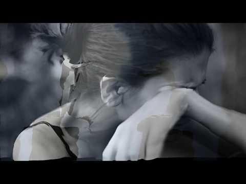 Lucian Elgi – Tot astept pe cineva Video