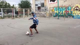 Футболист нарвался на бомжей