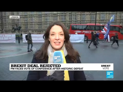 Brexit: Theresa May faces vote of confidence after