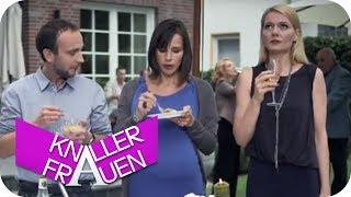 Horror-Familienfeier [subtitled] | Knallerfrauen mit Martina Hill