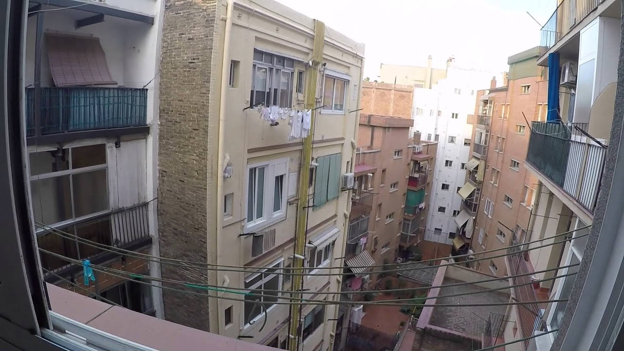 Furnished room with built-in wardrobe in shared apartment, L'Hospitalet de Llobregat