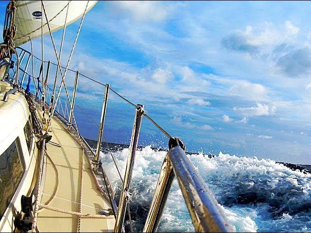 Boating Safety Under Sail - Five Golden Rules of Reefing