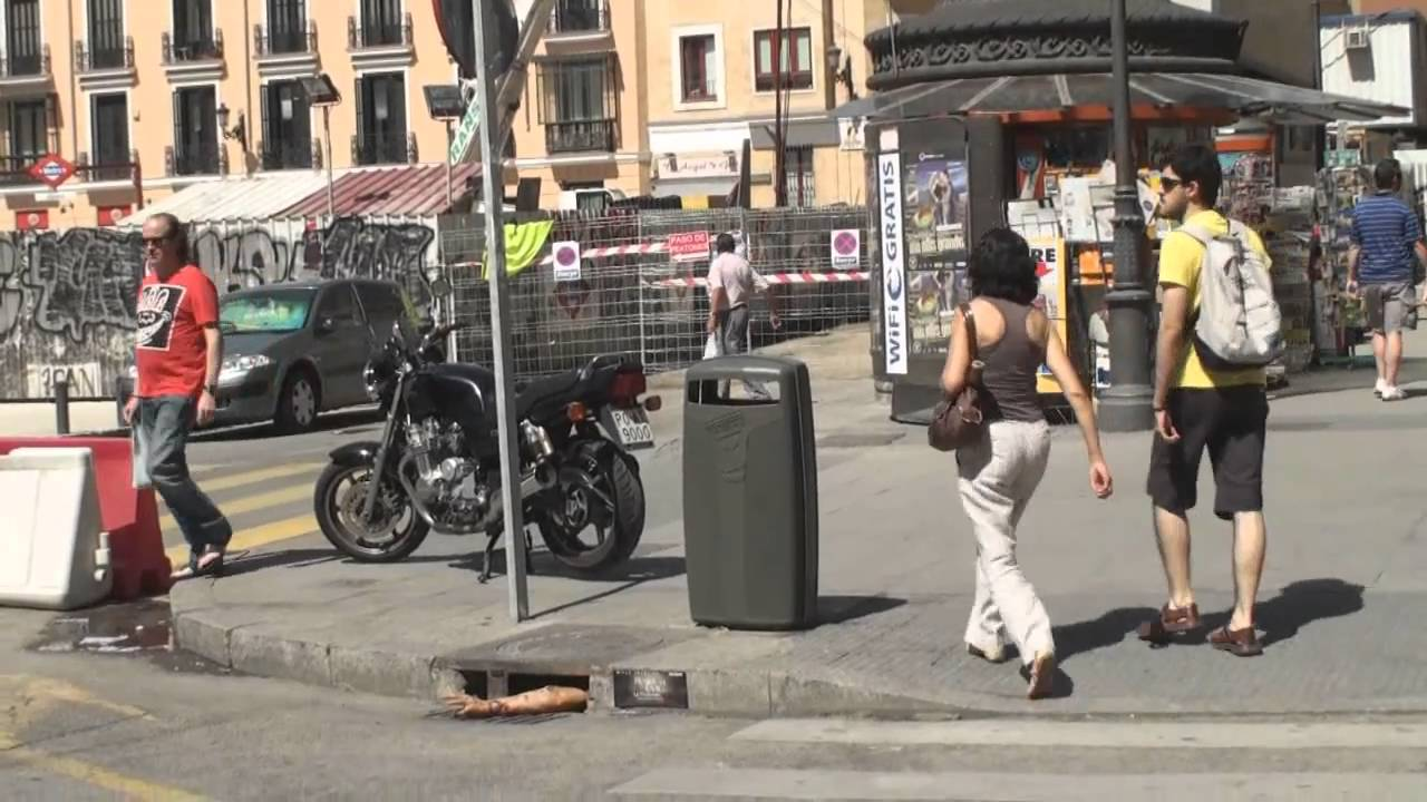 Zombie Arms Invade Madrid, Promote Resident Evil: Afterlife