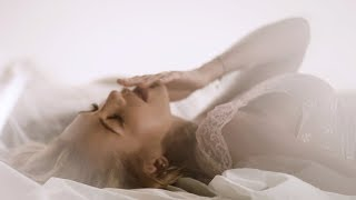 Dara Rolins - Miesta prod. Maiky Beatz  Official Video 