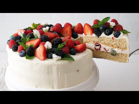 Summer Berry Cake (With Sturdy Summer Frosting)