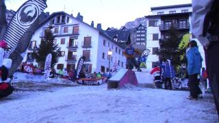 preview picture of video 'Snowboard Grajos FreeStyle Day Formigal Parte 1 by CNF Wear'