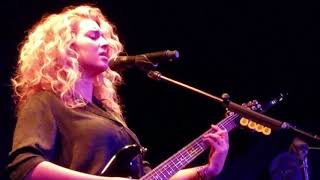 Tori Kelly Live At The Roxy Performing Coffee