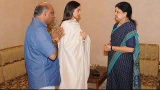 Popular Star Couple Visit Sasikala  Sridevi Boney Kapoor