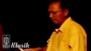 Ebiet G Ade - Nyanyian Ombak (Karaoke Video)