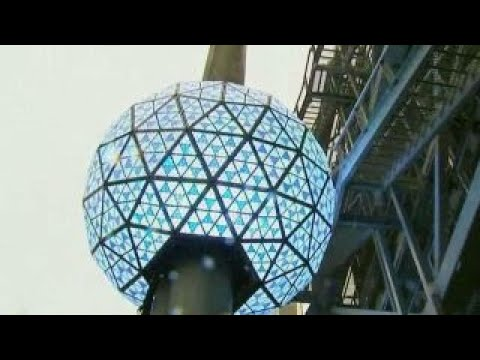 New Year's Eve ball tested ahead of Times Square celebration